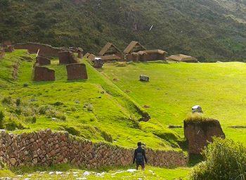 Huchuy Qosqo Tour & Machu Picchu 3D/2N
